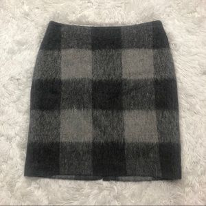 Talbots Pencil Skirt Size 10 Gray Black Plaid